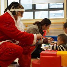 与爱同行   顺普中国与福利院儿童共度圣诞节